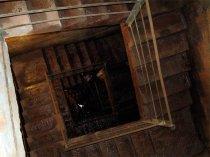 Schodiště do podzemí
